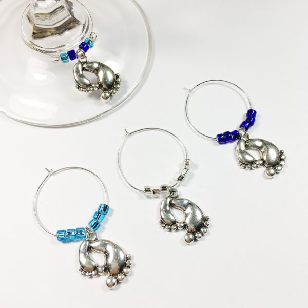 baby boy feet wine charms, baby shower party ideas, baby boy wine charms, baby boy wine charm set, unique baby boy shower gift, baby boy shower gift ideas, baby boy shower decoration ideas