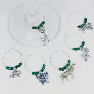 hunting wine charms, Hunting party decorations, hunting theme party decorations, hunting birthday decorations, hunting home décor, hunting décor for home, deer hunting home décor, hunting decorations for home, wine charm sets, fall wine charms, cute wine charms, wine glasses charms, wine charm set